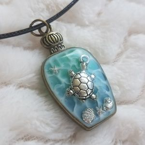 Sea Turtle Necklace, Handcrafted NWOT